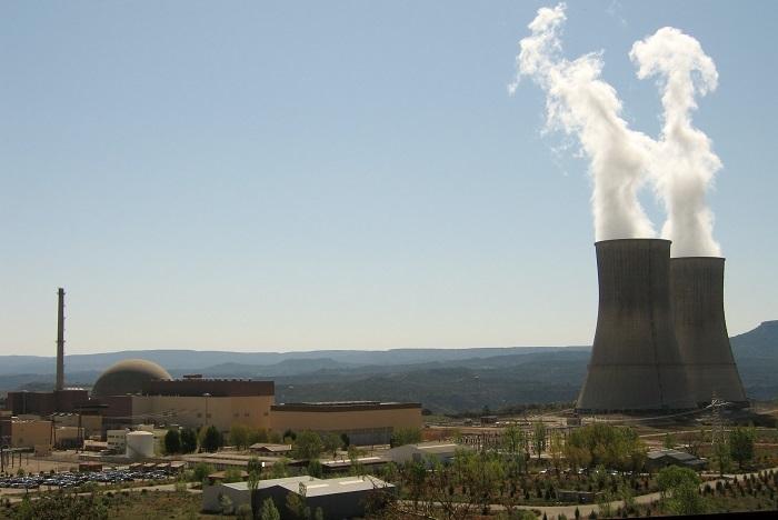 """Las nucleares denuncian que su situación financiera es """"insostenible"""" por la fiscalidad"""