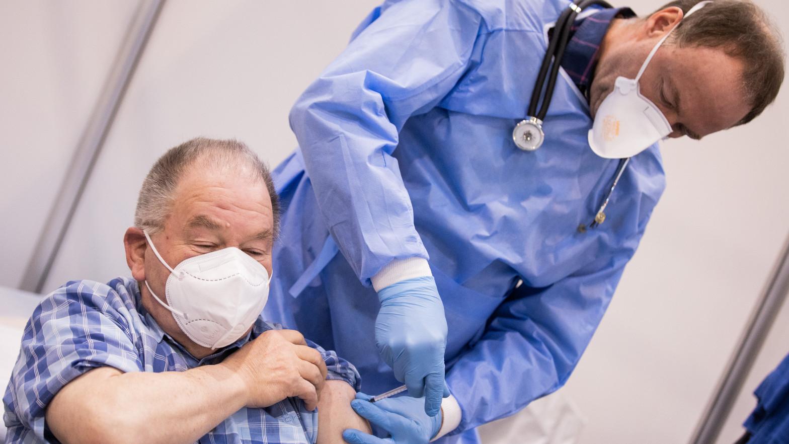 Alemania registra 10.237 casos y 666 muertes por covid en las últimas 24 horas