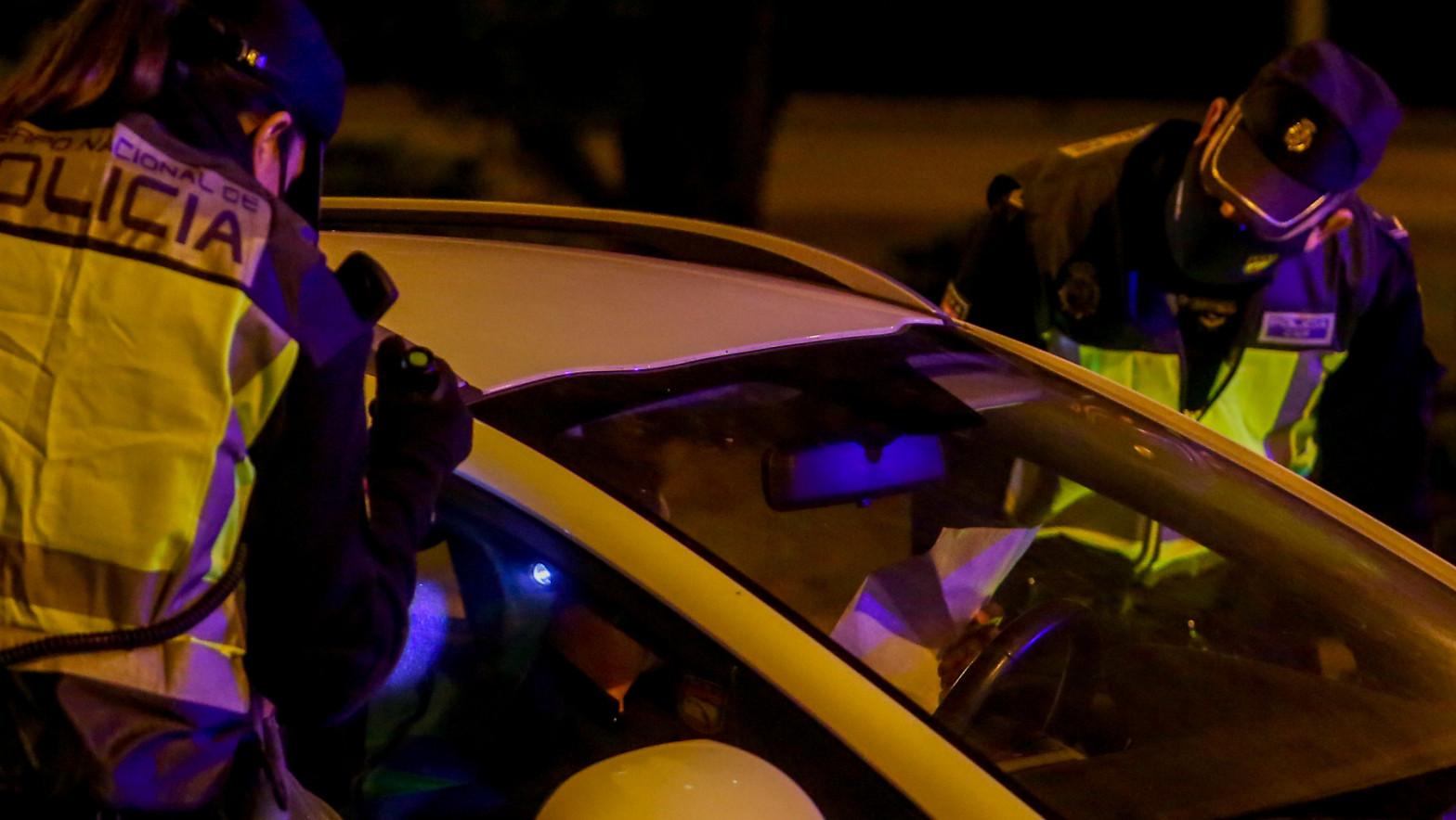 Controles policiales en Madrid por las medidas de restricción