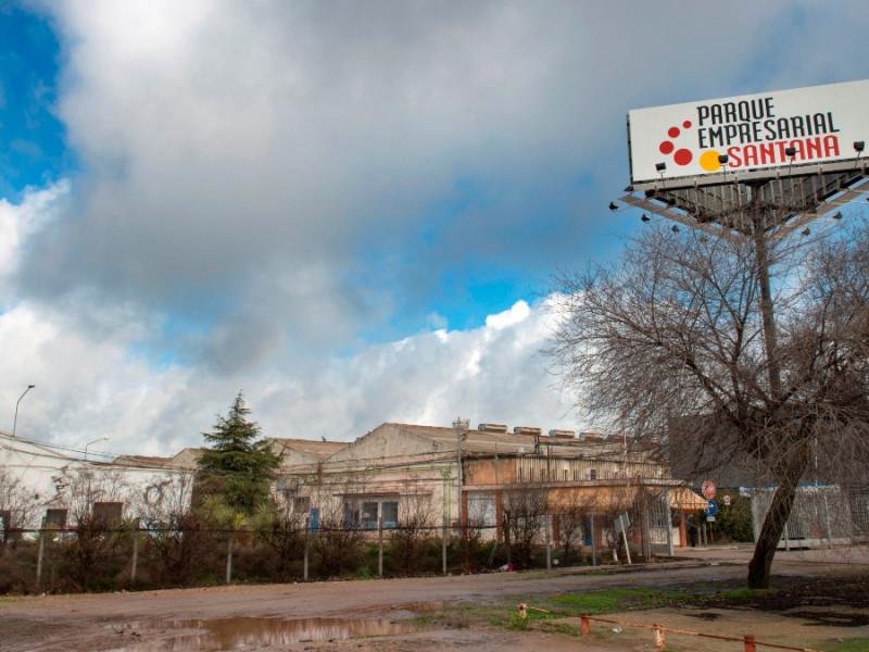 Antiguas instalaciones de la factoría Santana Motor en Linares.