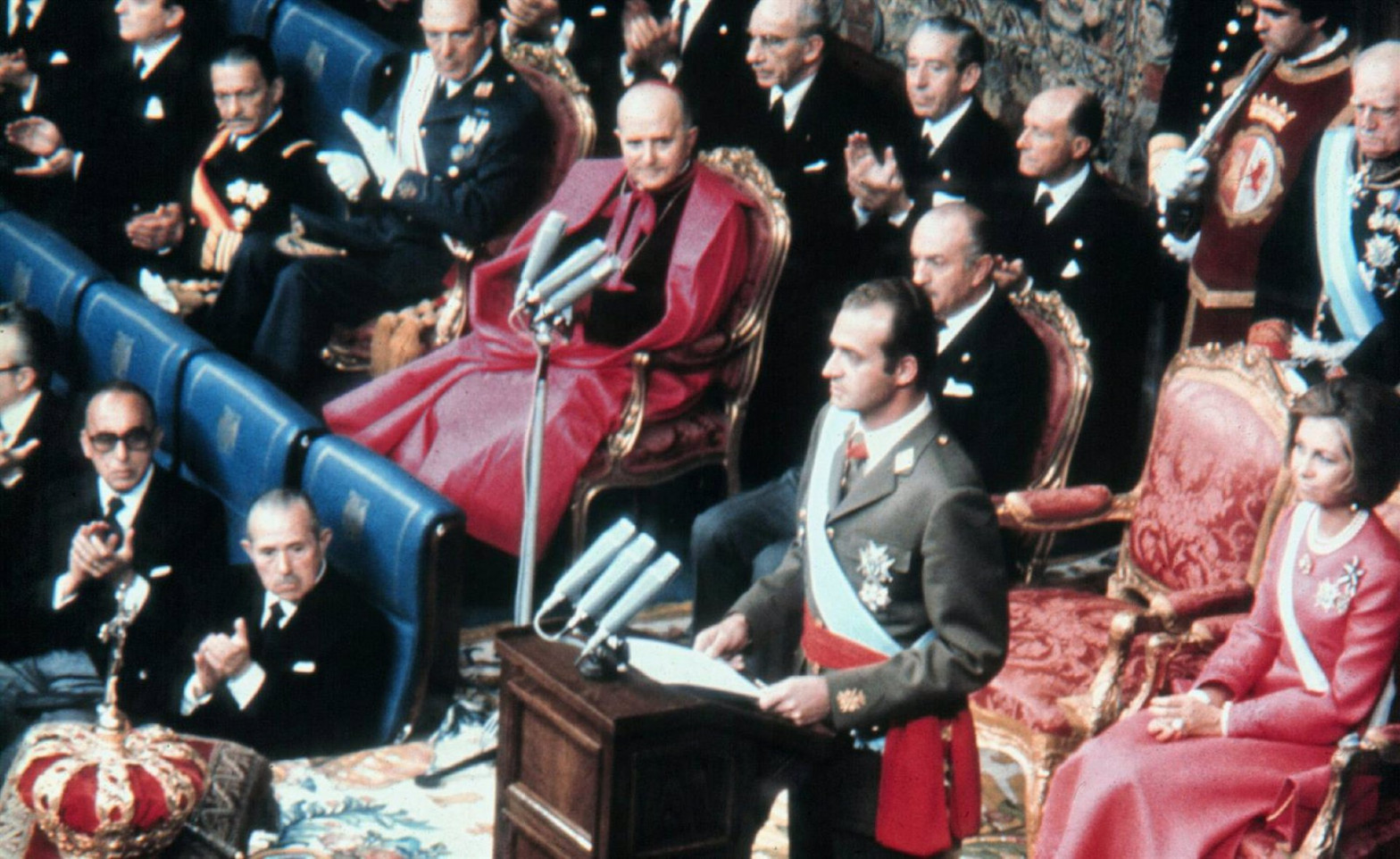 Documentos desclasificados por EEUU desvelan que Juan Carlos I sopesó hacer un referéndum sobre la monarquía