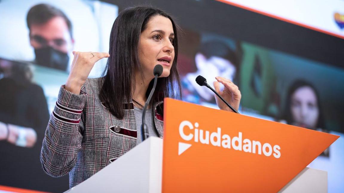 """Los críticos en Ciudadanos exigen a Arrimadas una """"profunda regeneración"""""""