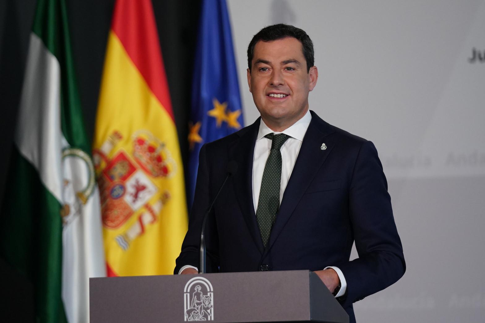 """Andalucía anuncia una """"bajada de impuestos especialmente diseñada para municipios de menores de 3.000 habitantes"""""""