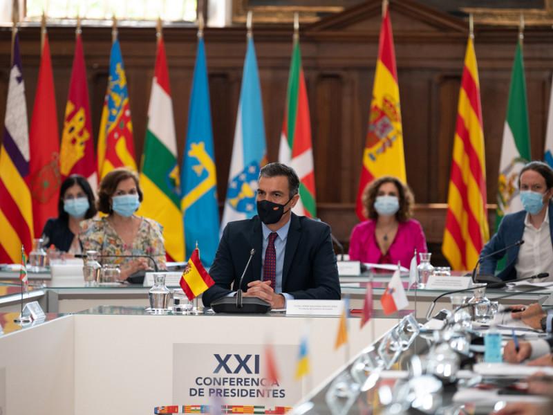 El presidente del Gobierno, Pedro Sánchez, en la Conferencia de Presidentes con los máximos representantes de las autonomías, en julio de 2020.