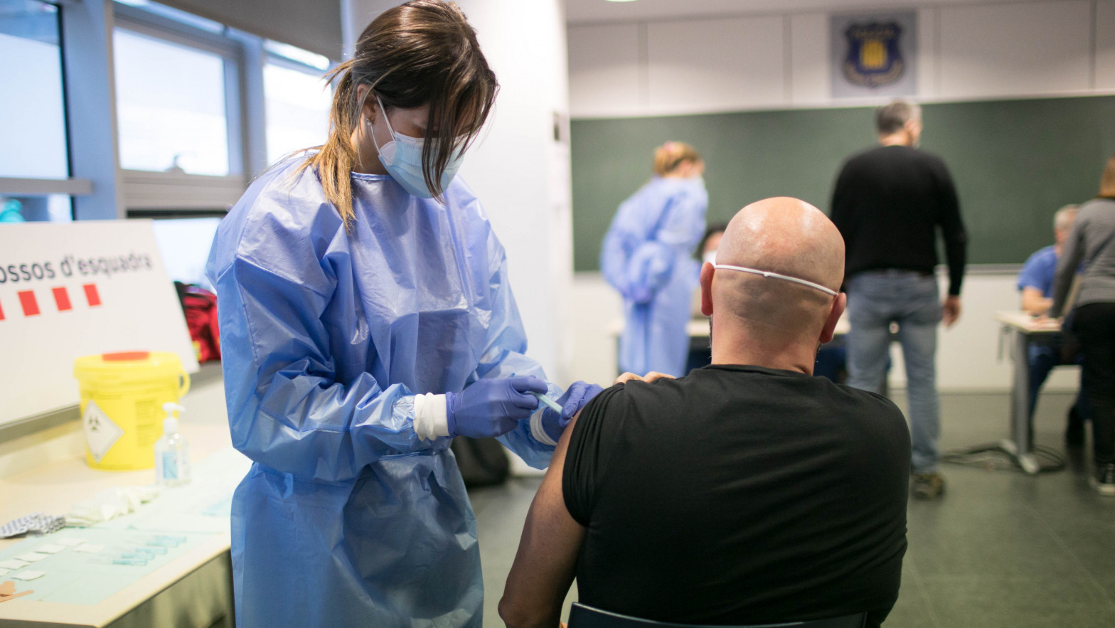 El número de inmunizados ya supera el total de contagiados oficiales