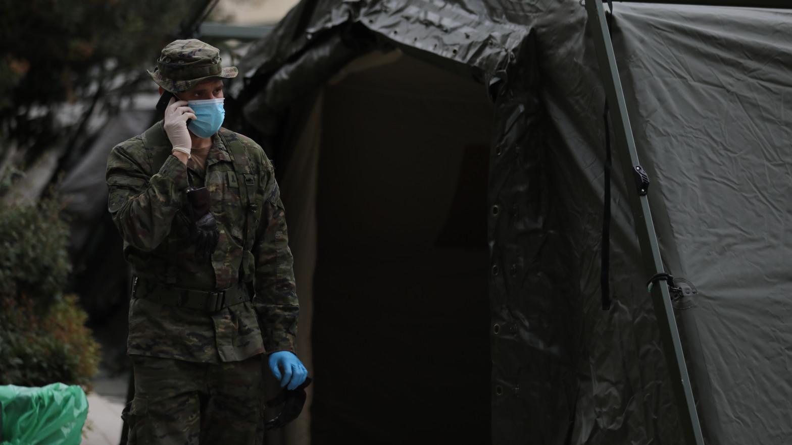 Las Fuerzas Armadas rastrearon redes para medir el impacto de su misión contra la covid