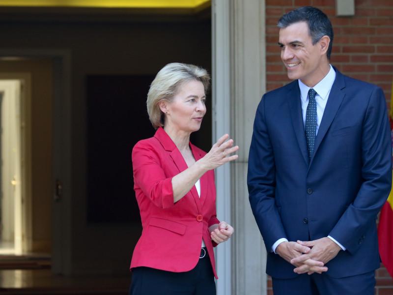 Pedro Sánchez con Ursula von der Leyen