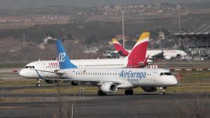 Dos aviones de Iberia y Air Europa.