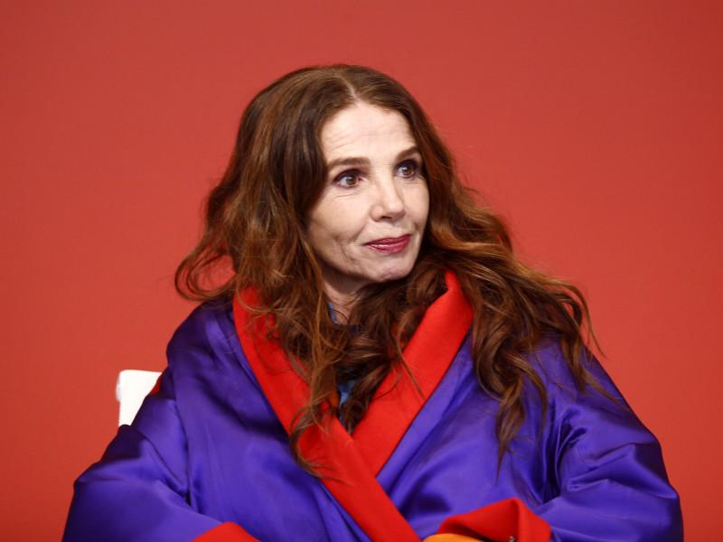 """De Miguel Bosé a Victoria Abril: """"Las conspiraciones están en su cabeza"""""""