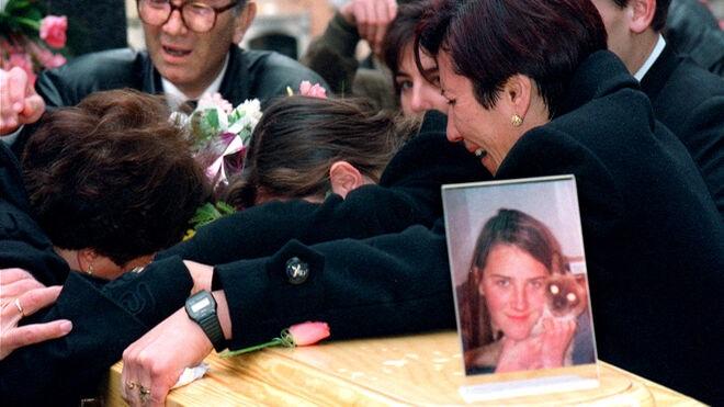 La jueza del 'caso Alcàsser' ordena buscar a quien contactó Anglés durante su fuga