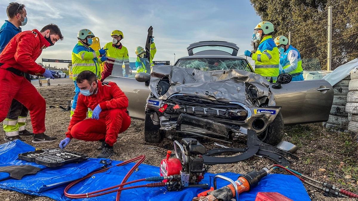 Muere un joven de 18 años en un accidente de coche en el Circuito del Jarama