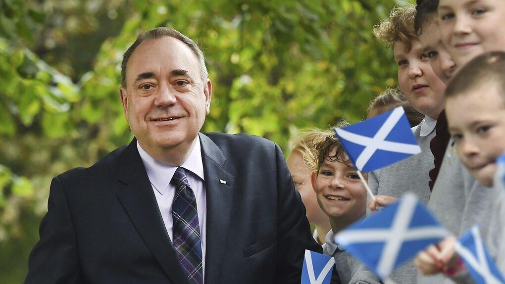 Detienen al ex ministro principal de Escocia, Alex Salmond, por acoso sexual