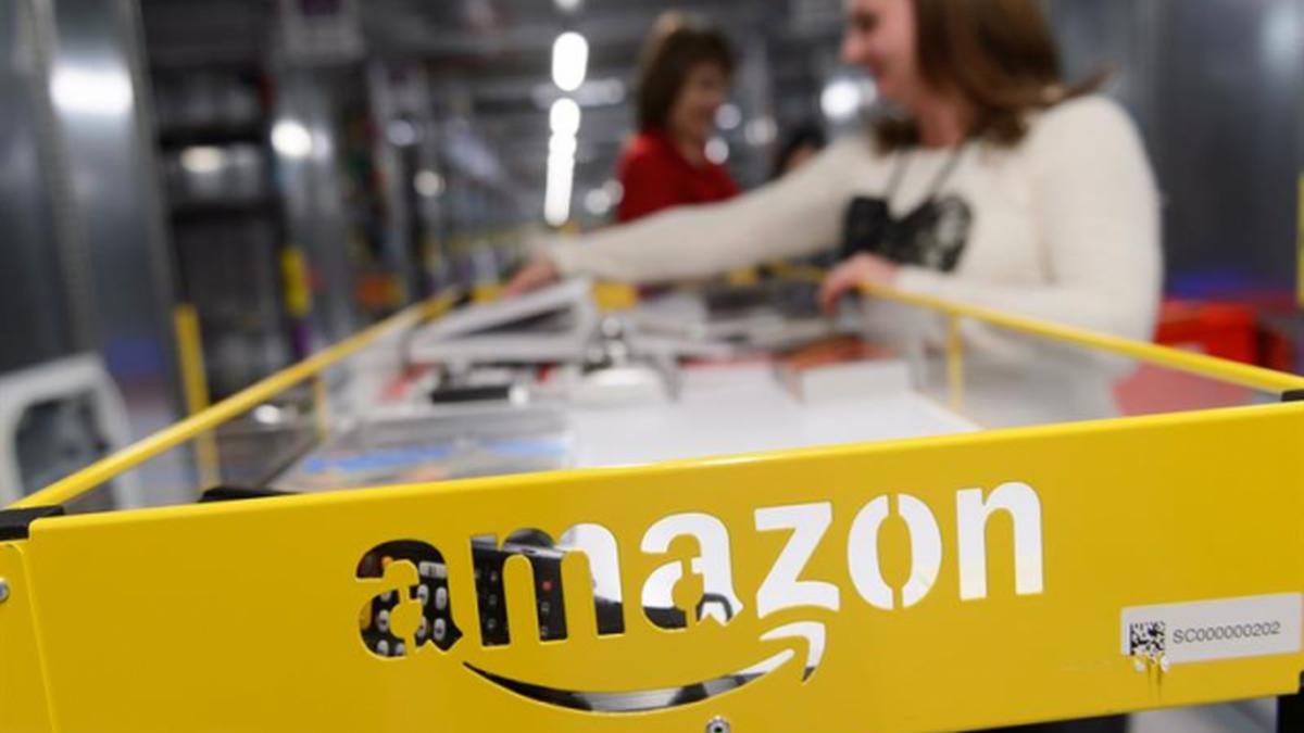 "Un fondo ""islámico"" se lanza a comprar almacenes para Amazon en España"