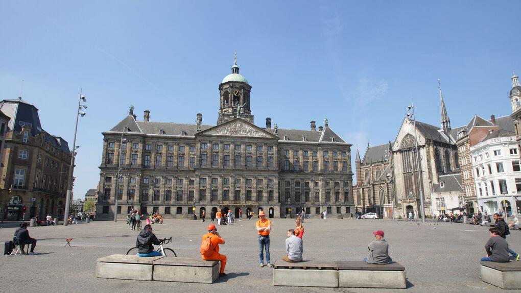 Ámsterdam prohibirá los alquileres turísticos en barrios del centro de la ciudad