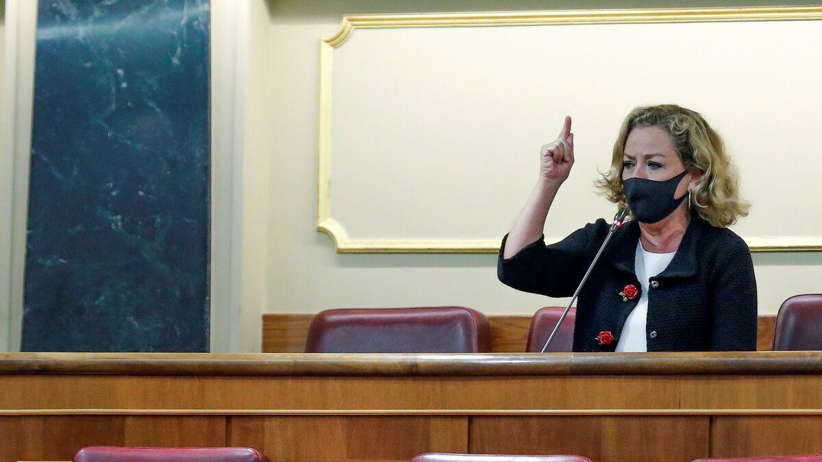 Ana Oramas carga con dureza contra el Gobierno por la crisis migratoria que vive Canarias