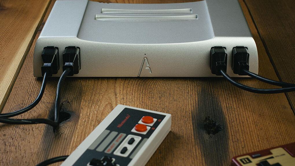 Analogue Nt: una NES de aluminio para jugar a los clásicos en HD