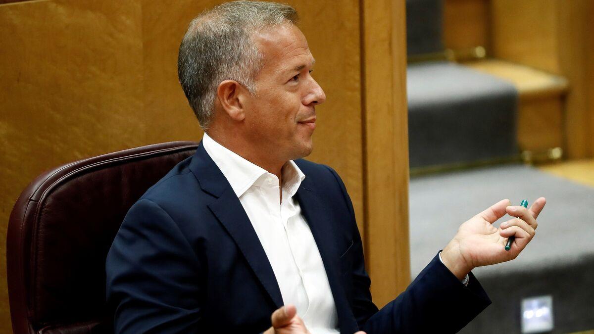 """El PSOE tacha a Casado de """"experto en trampas educativas"""" tras la maniobra del PP para burlar la 'ley Celaá'"""