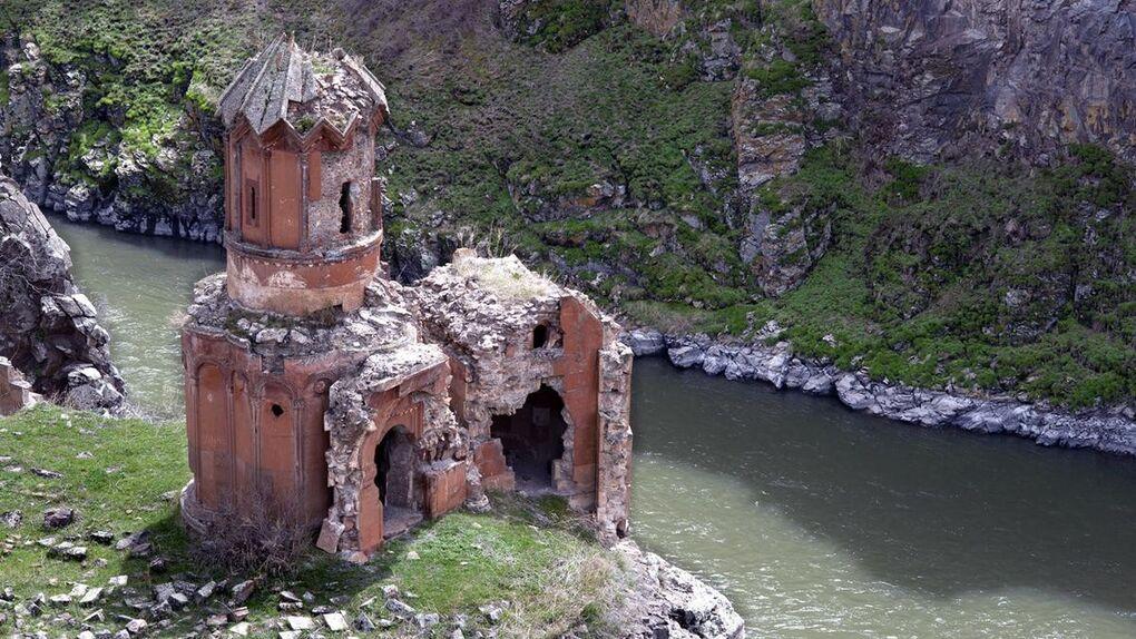 Ani, la ciudad fantasma con 1001 iglesias en Armenia