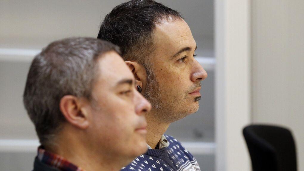 Dos miembros de Jarrai-Haika que llevaban 10 años huidos renuncian a la violencia y aceptan cárcel