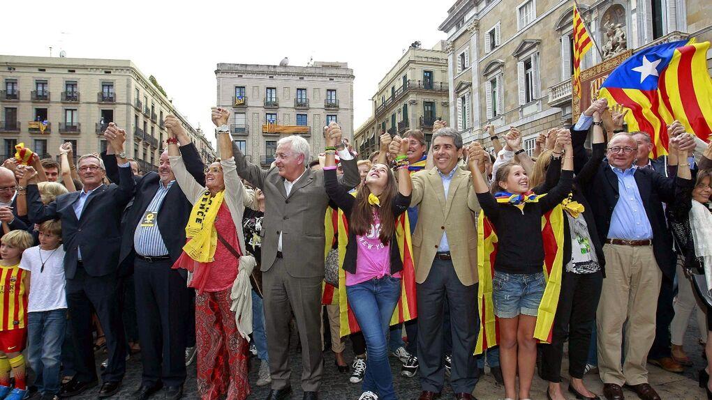 El Govern pagó a una consultora belga para asesorarle en cómo montar el ejército catalán