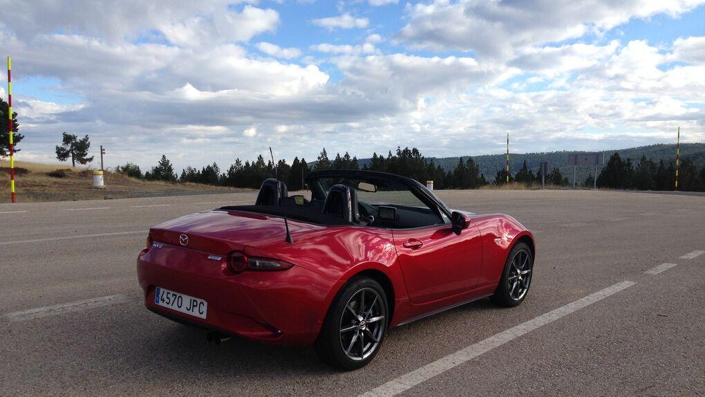 De Ávila a Zarautz: 600 kilómetros con el Mazda MX-5 de cuarta generación