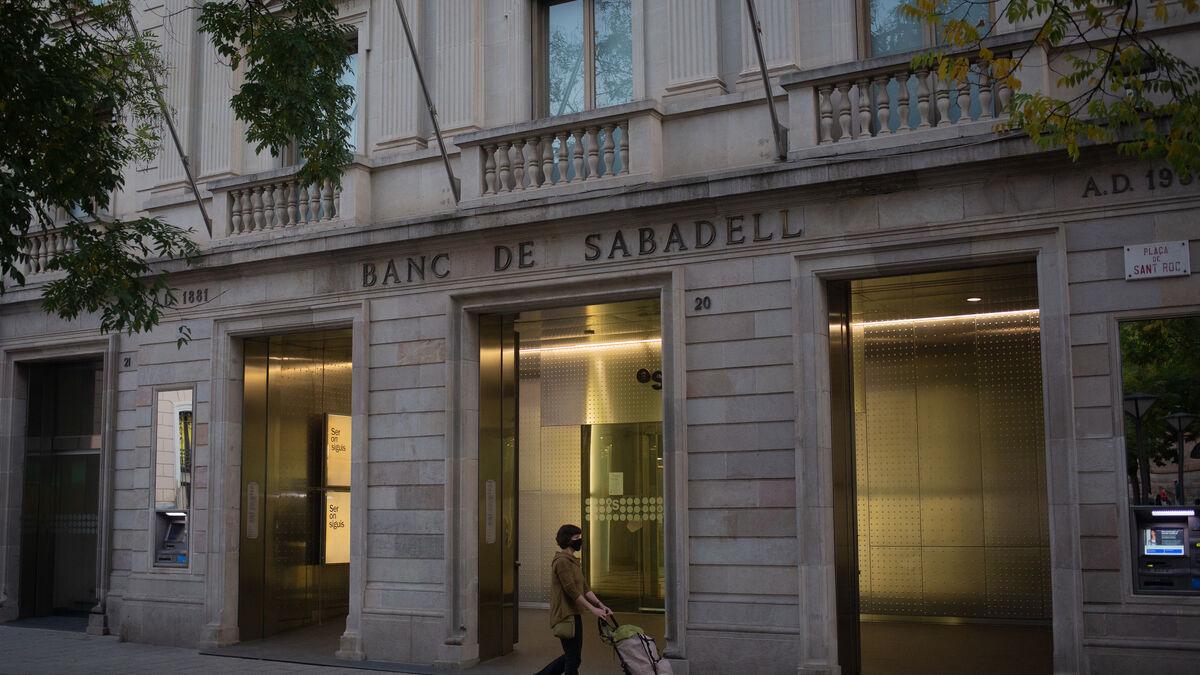 Banco Sabadell cierra la venta de la cartera de 600 millones de activos problemáticos a Lone Star