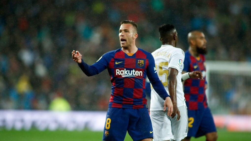 El Barça vende a Arthur a la Juventus por 72 millones más 10 en variables