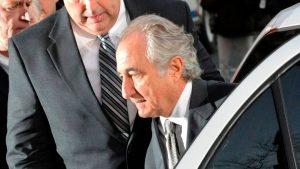 Muere Bernie Madoff.