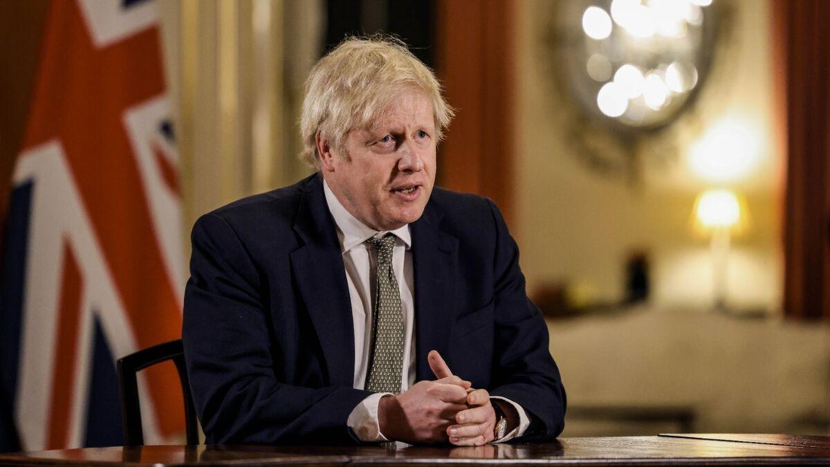 Boris Johnson alerta de que la variante india amenaza la desescalada en el Reino Unido