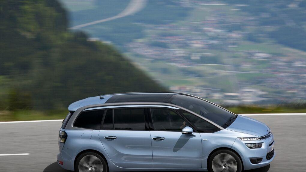 Citroën y Peugeot renuevan a fondo sus monovolúmenes compactos