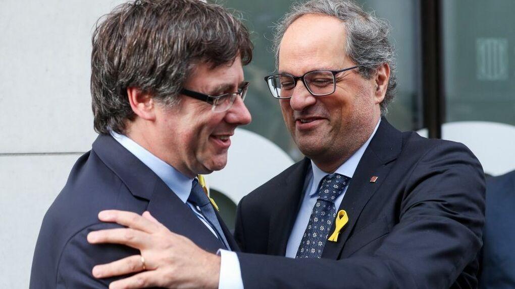 """Puigdemont asegura que dirige la Generalitat desde Waterloo  y que Torra se limita a """"enviar mensajes"""""""