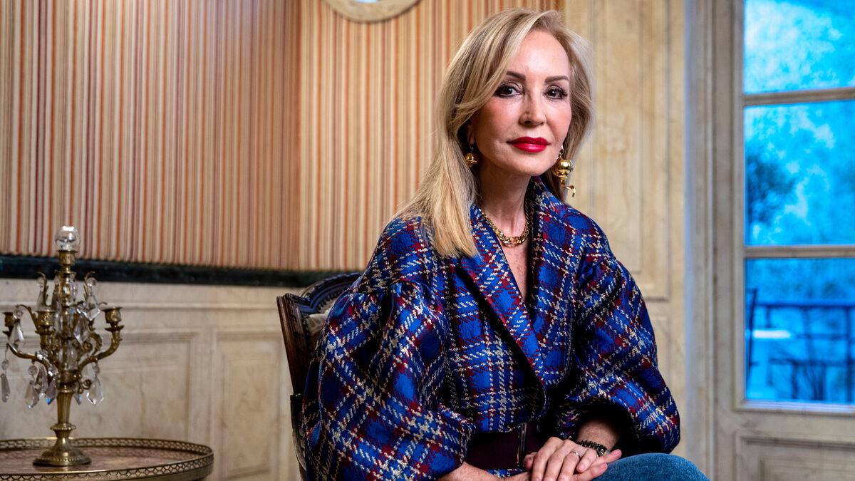 """Carmen Lomana carga contra su expartido Vox: """"Parece que se ha metido el más tonto de cada casa"""""""