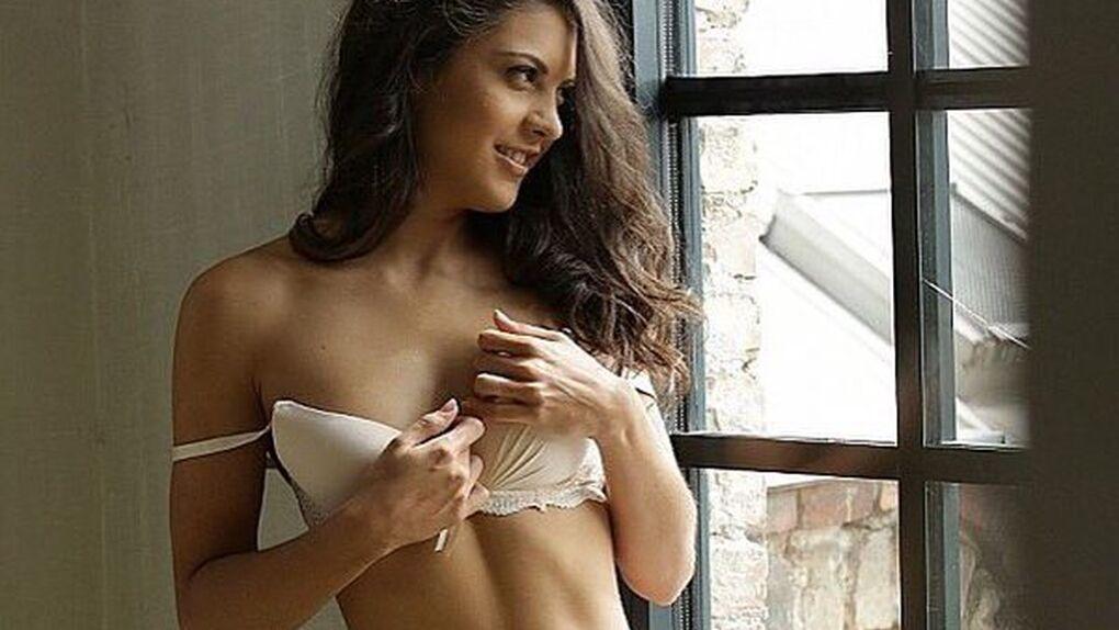 Las fantasías sexuales con Iniesta de la mejor actriz porno española