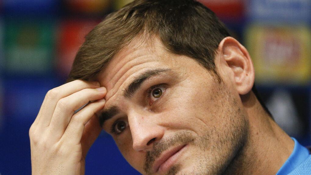Casillas canta en Kiev, pero canta más la prensa española en su ataque o defensa a Iker