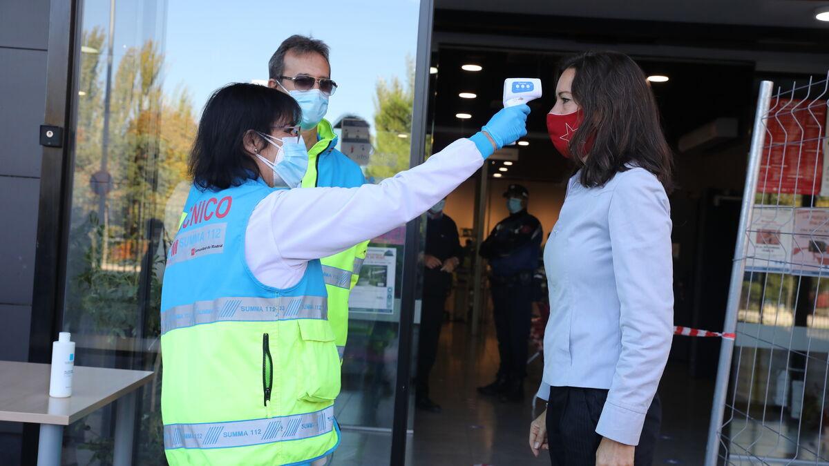 Madrid levanta las restricciones en Guzmán el Bueno y Barcelona (Móstoles)