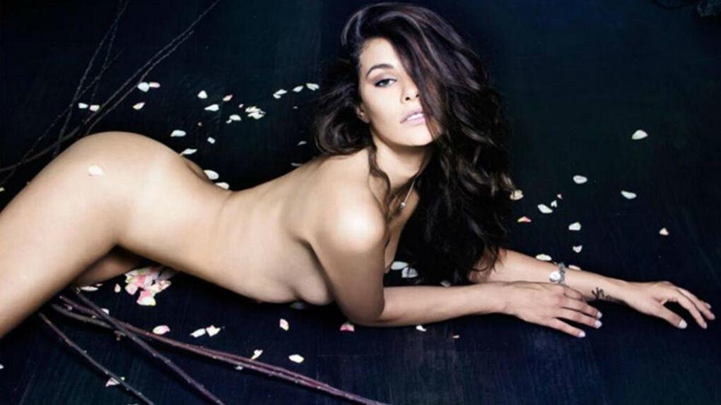 El desnudo integral de la explosiva modelo brasileña que fue novia de Balotelli