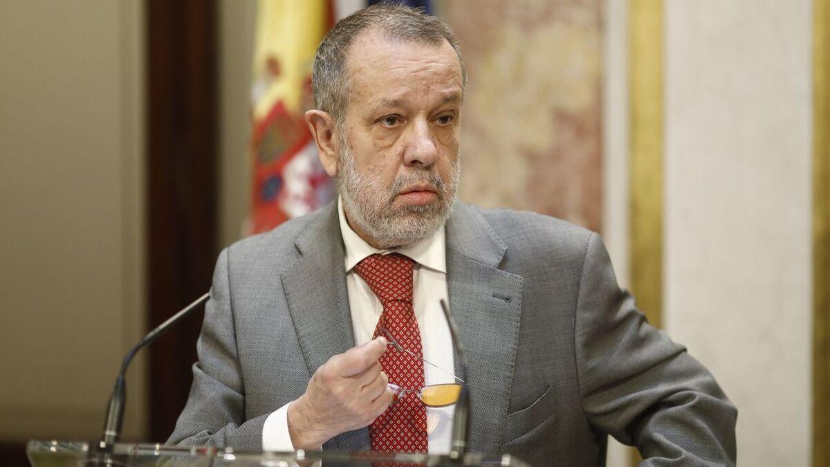 """El Defensor del Pueblo avala a Sánchez y no ve """"preocupante"""" el estado de alarma """"duradero"""""""