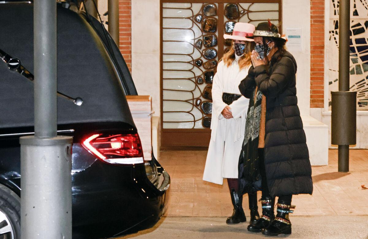 Elena Tablada presume de retransmitir en directo el funeral de su abuela