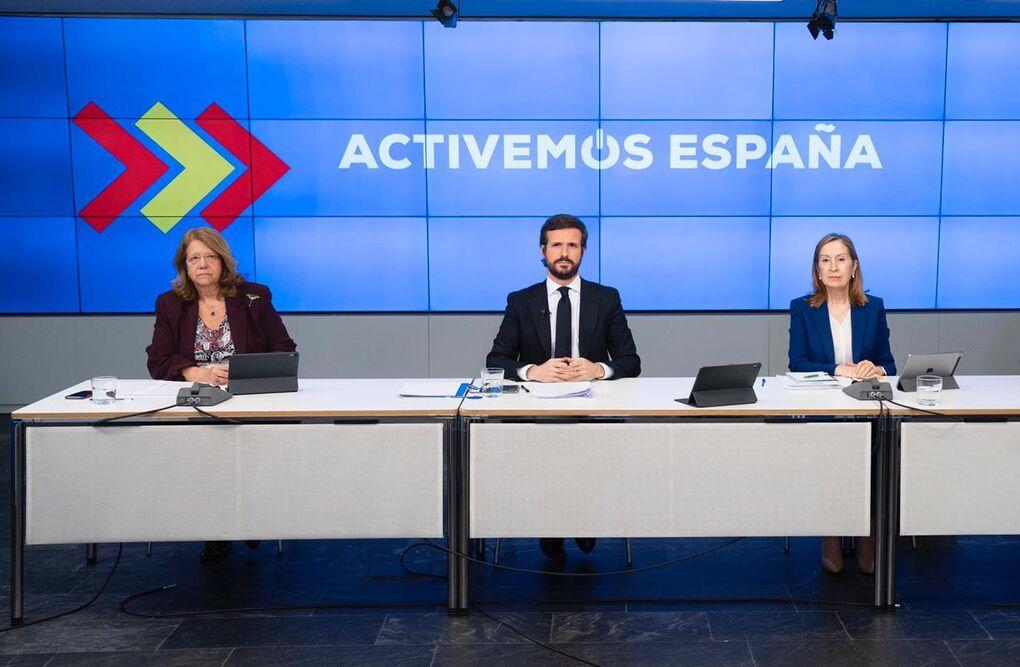 Casado elige a Ana Pastor y Elvira Rodríguez como interlocutoras con el Gobierno