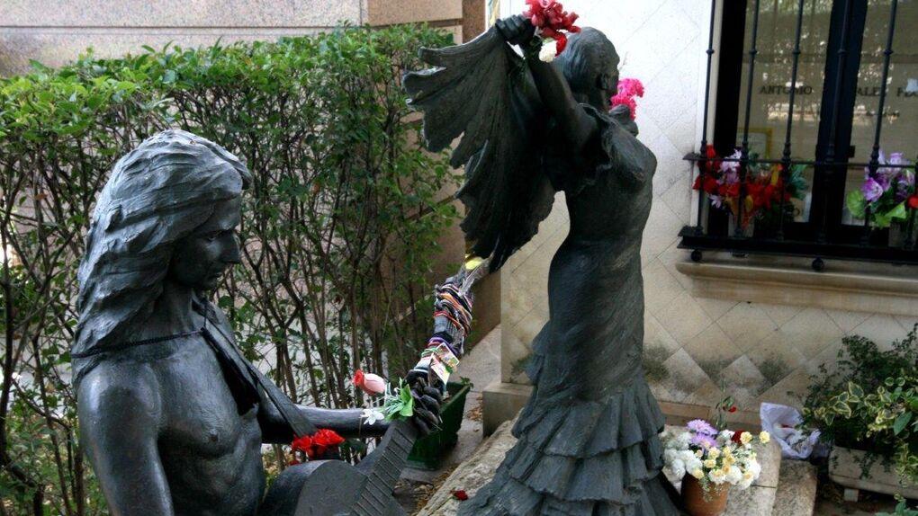 Visitar el cementerio de la Almudena: la nueva apuesta turística