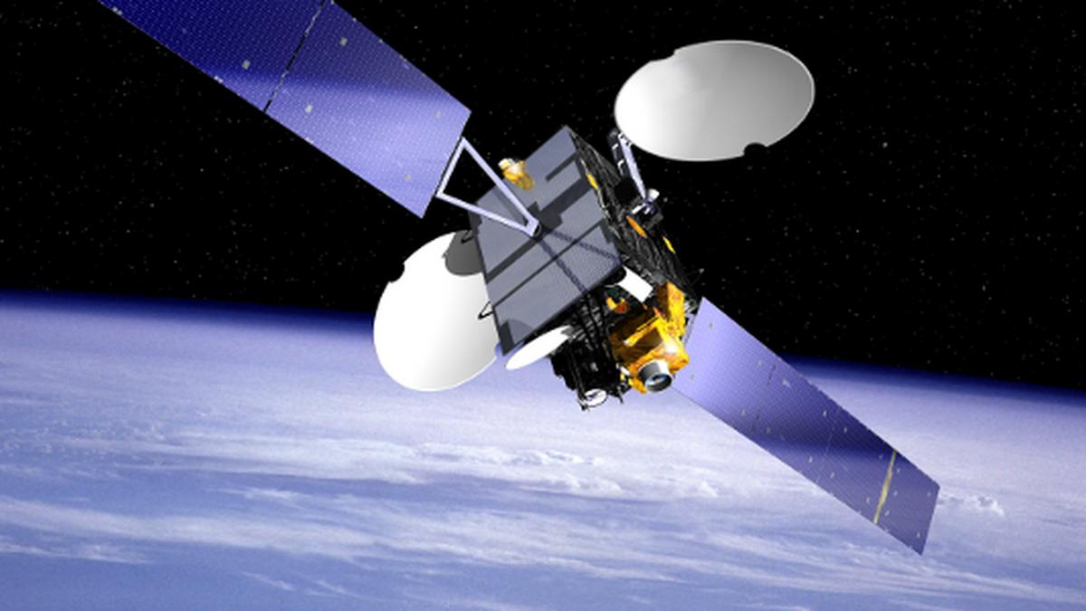 Cataluña contará con una agencia espacial y pondrá en órbita nanosatélites