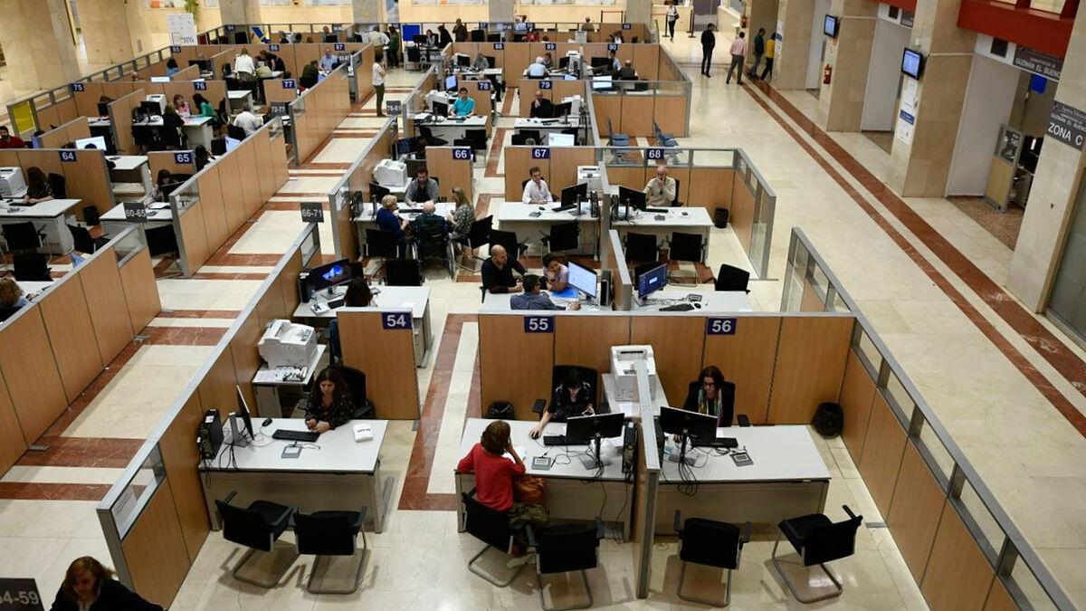 El colapso de la administración bloquea la obtención del certificado digital