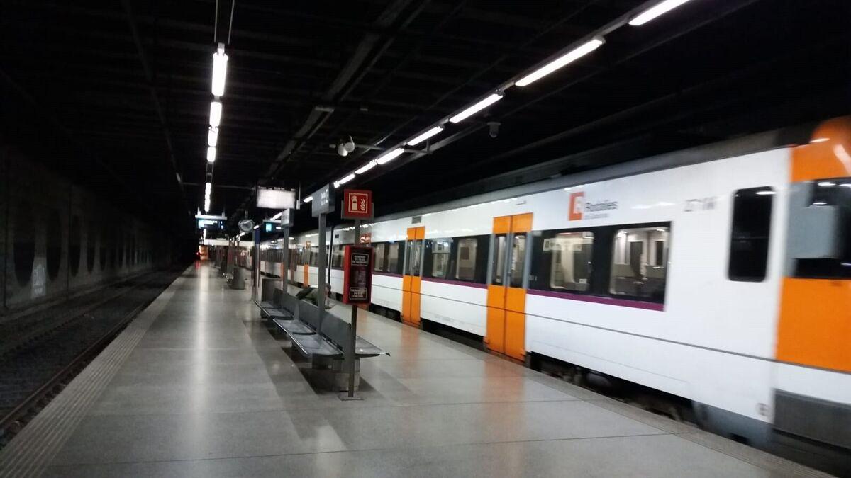La Diada arranca con varios actos vandálicos que afectan a la red catalana de ferrocarriles