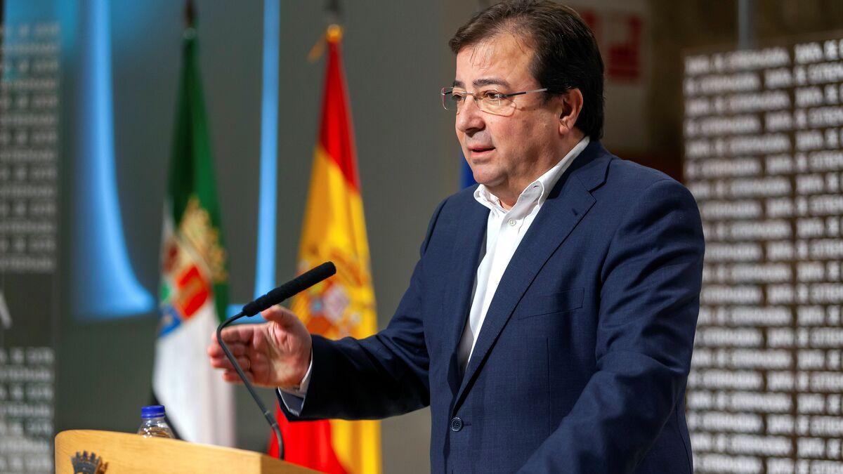 Extremadura modificó el protocolo para poder vacunar a gestores y políticos