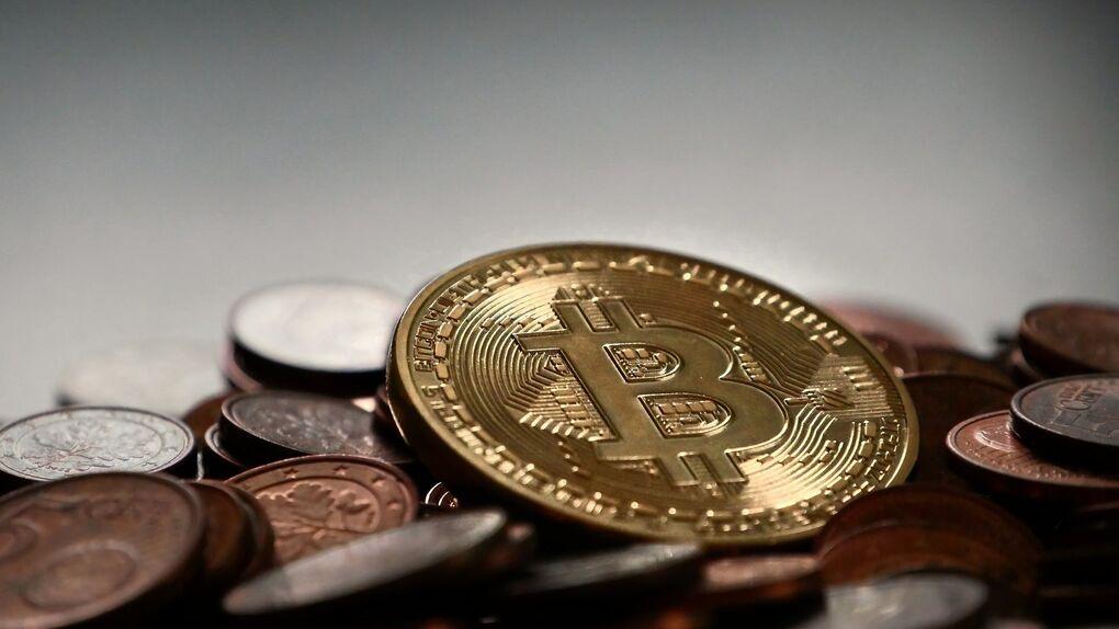 Las criptomonedas se desploman un 15% por la prohibición de los pagos con bitcoin en China