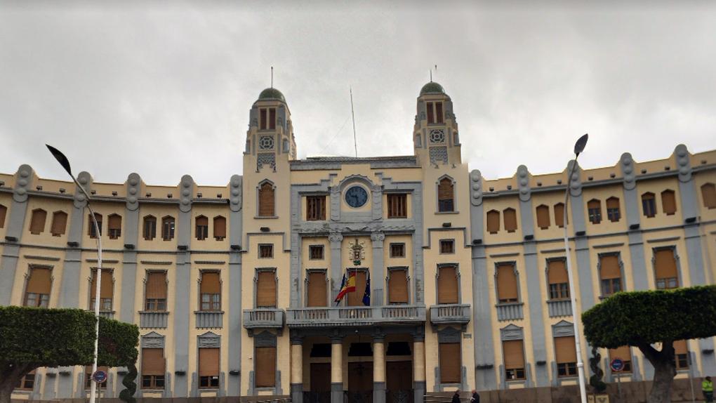 La Fiscalía pide ocho años de inhabilitación para el secretario general del PP de Melilla por presunta prevaricación