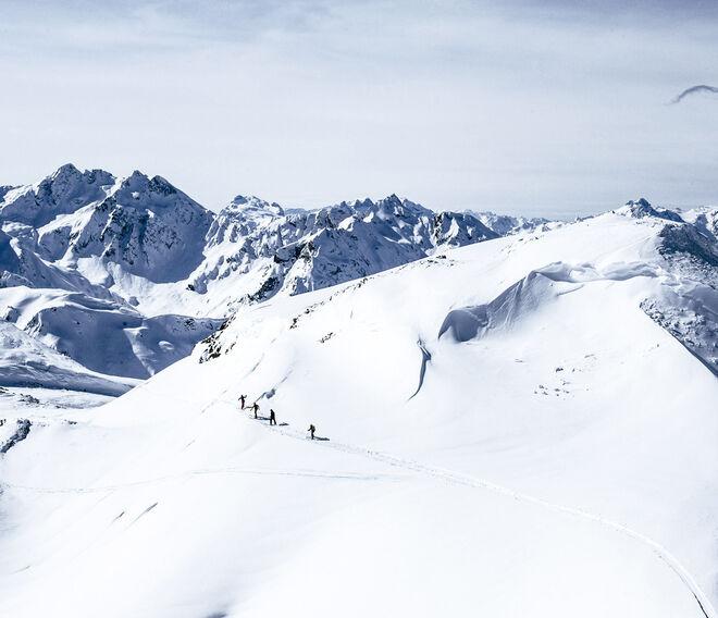 Fotografía tomada por Tim Hall, presente en el libro ' The ultimate ski book'.