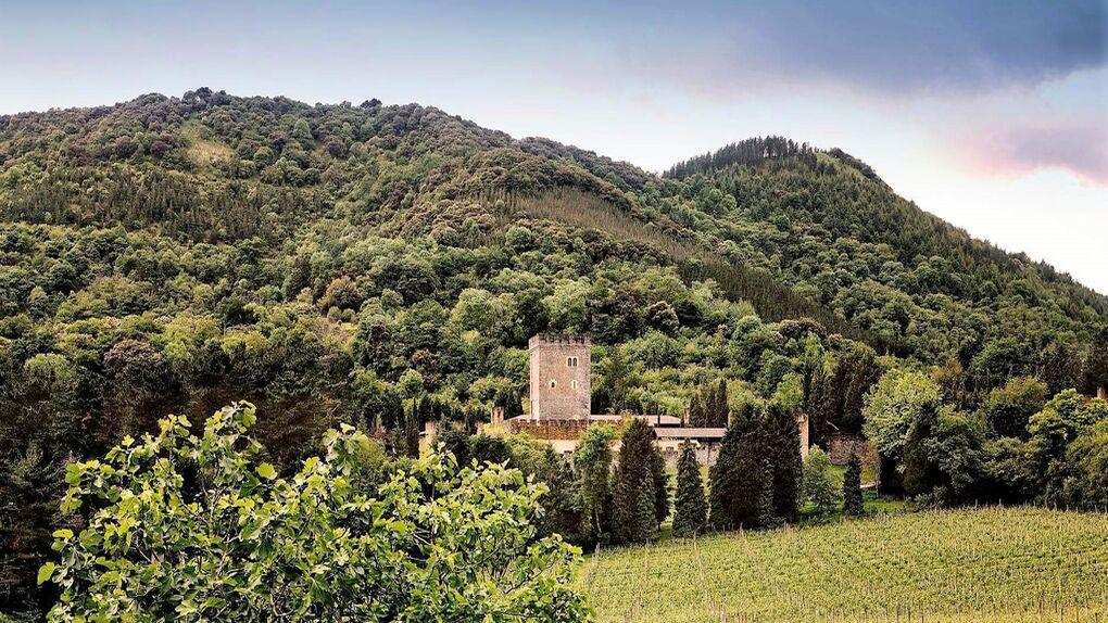 Torre Loizaga: el mayor museo de Rolls Royce de nuestro país está en Vizcaya en un exclusivo lugar destinado a la celebración de eventos