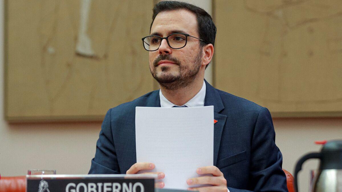 Los clubes que desafían la ley de Garzón se exponen a multas de hasta 50 millones