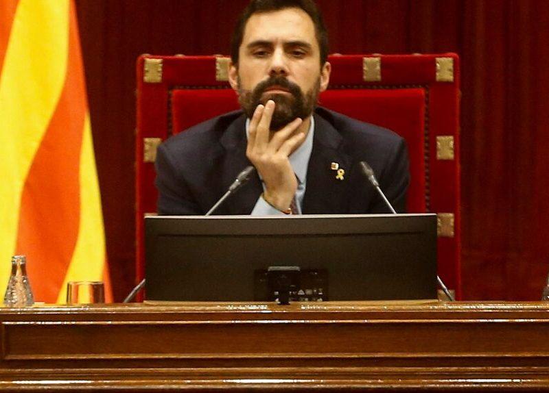 La Justicia catalana admite la querella de Fiscalía contra Roger Torrent, por presunta desobediencia